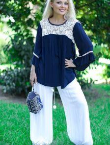 Свободные летние брюки белого цвета с ризинкой на поясе