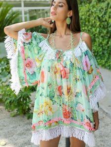 Стильное платье-туника с цветочным принтом