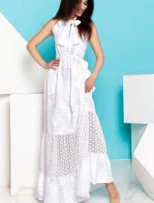 Длинное эффектное платье из хлопка украшенное очень богатой вышивкой