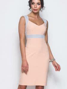Облегающее платье без рукава на широких брителях длины-миди