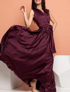 Длинное шелковое платье с запахом