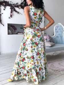 Повседневное платье в ярких цветах