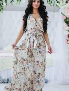 Роскошное платье с цветочным рисунком