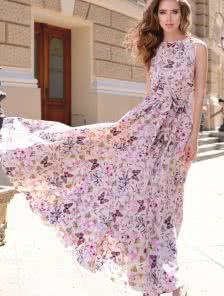 Романтичное летнее платье песочного цвета в бабочки и цветы
