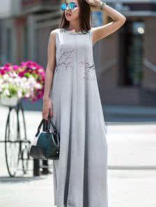 Летнее длинное платье с цветами