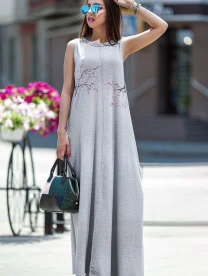 Летнее длинное платье с цветами, фото 1