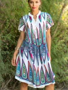 Платье-рубашка с оригинальным принтом в ярких цветах