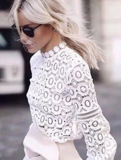 Белая кружевная блузка с кружевным рукавом