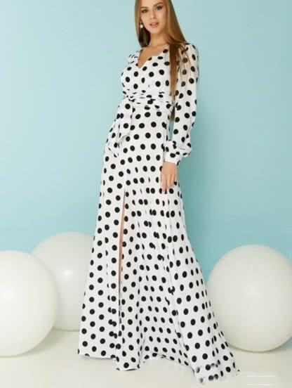 Трикотажное платье в горох, фото 1