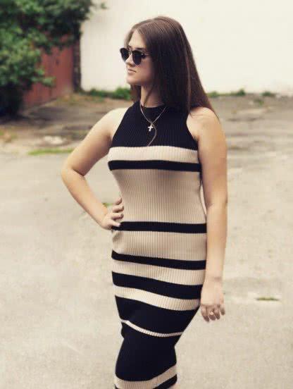 Облегающее платье-лапша длиной ниже колена, фото 1