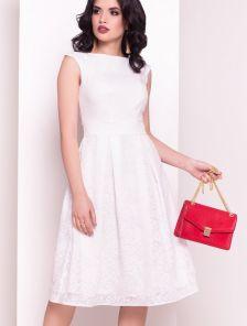 Торжественное стильное платье с пышной юбкой