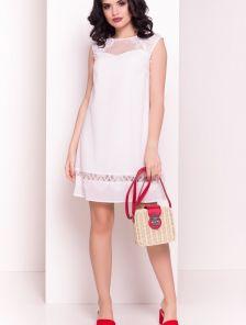 Белое платье трапеция с полу-прозрачными кружевными вставками