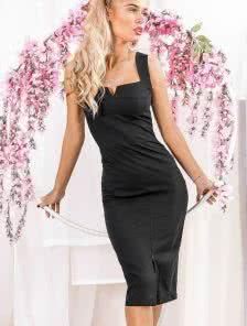Эффектное черное силуэтное платье с квадратным вырезом