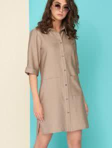 Льняное платье с  двумя большими накладными карманами.