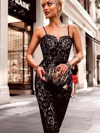 Облегающее ажурное платье в черном цвете на брителях, фото 1