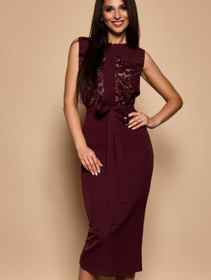 Коктейльное платье футляр с кружевом и без рукавов, фото 1