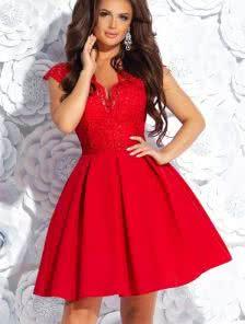 Короткое коктейльное кружевное платье на выпускной