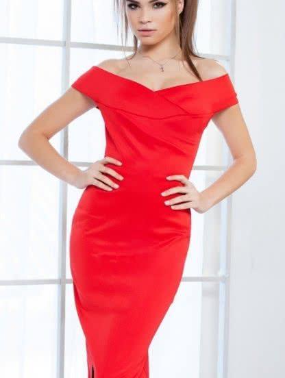 Красное приталеное платье с открытыми плечами, фото 1
