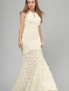 Шикарное вечернее платье белоснежного цвета для особого случая