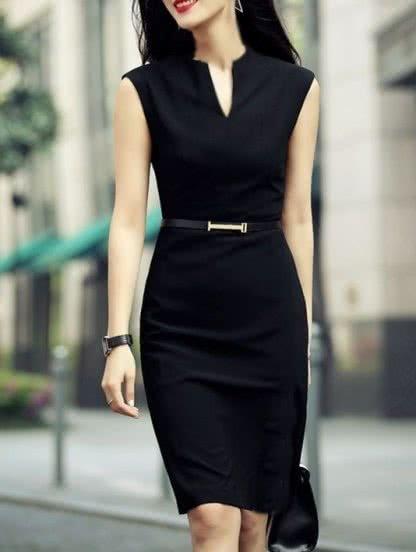Черное платье футляр с V-образным вырезом, фото 1