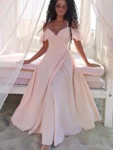 Легкое платье в пол цвета пудры