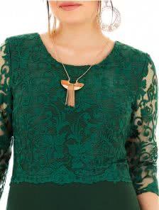 Зеленое платье для пышных женщин с формами