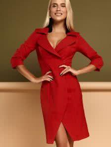 Красное платье пиджак с воротником в офисном стиле