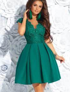 Короткое пышное коктейльное платье на выпускной бал