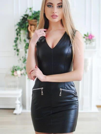 Черное короткое кожаное платье на вечеринку, фото 1