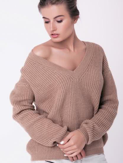 Бежевый свитер с V-образным вырезом, фото 1