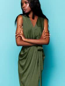 Шелковое платье с имитацией запаха цвета хаки
