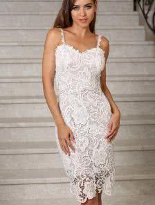 Вечернее ажурное платье до колена