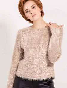 Теплый светлый свитер с длинным ворсом - новая коллекция