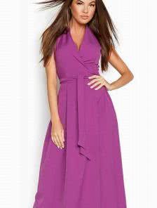 Фиолетовое длинное платье с запахом