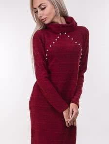 Красное теплое ангоровое платье с бусинками