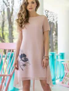 Розовое шифоновое ассиметричное платье с коротким рукавчиком
