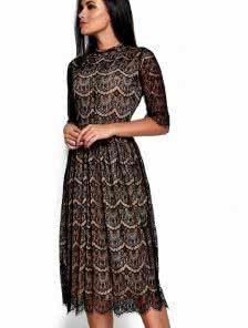 Черное ажурное платье с бежеаой подкладкой длинны-миди