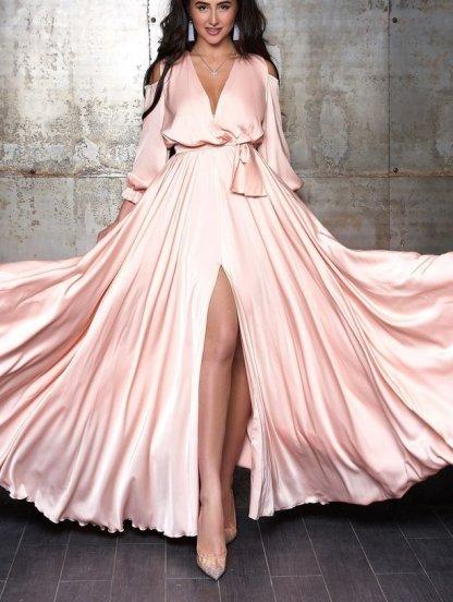 Светлое длинное платье из шёлка, фото 1