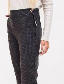 Теплые трикотажные брюки с карманами