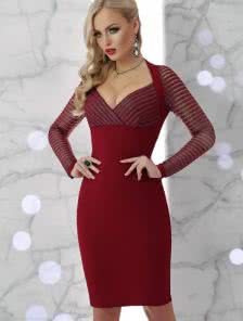 Облегающее люрексовое коктейльное платье на длинный рукав