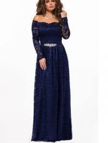 Синее платье в пол с открытыми плечиками