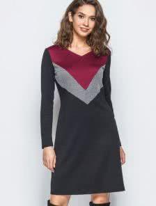 Трикотажное платье-трапеция с длинным рукавом