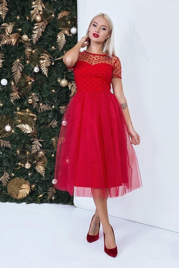 Красное пышное сексуальное платье