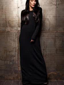 Теплое длинное платье на зиму