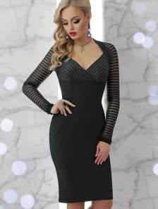 Коктейльное платье с люриксовой нитью