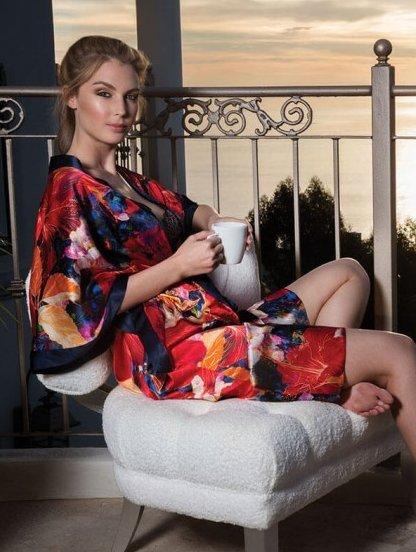 Кимоно свободного покроя с поясом в цветочный принт из натурального шёлка, фото 1