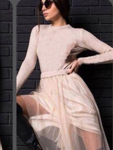 Платье с трикотажным верхом и фатиновой юбкой
