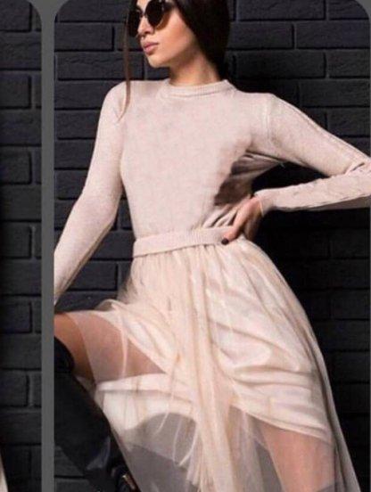 Пудровое платье с трикотажным верхом и фатиновой юбкой, фото 1