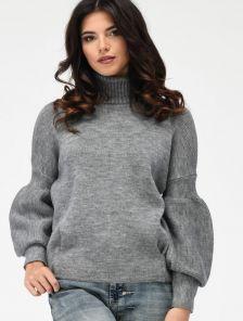 Теплый мягкий свитер под горло