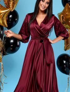 Длинное бордовое шелковое платье на запах с кружевом на рукавах